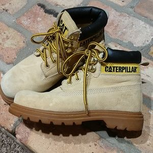 Youth caterpillar boots size 3.5